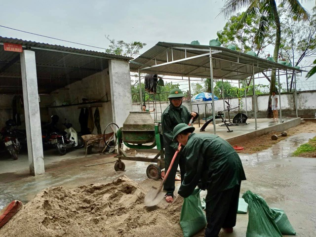 Nghệ An, Thanh Hóa di dời dân trước bão, phòng chống dịch tại nơi sơ tán - 9