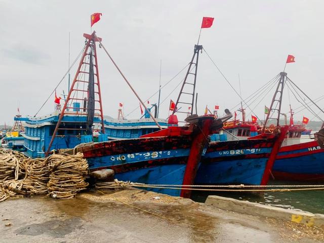 Nghệ An, Thanh Hóa di dời dân trước bão, phòng chống dịch tại nơi sơ tán - 6