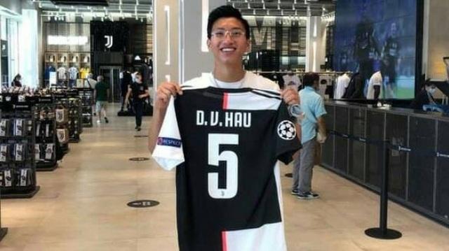 """Báo Thái Lan: """"Đoàn Văn Hậu về nước với áo số 5 của… Juventus"""" - 1"""