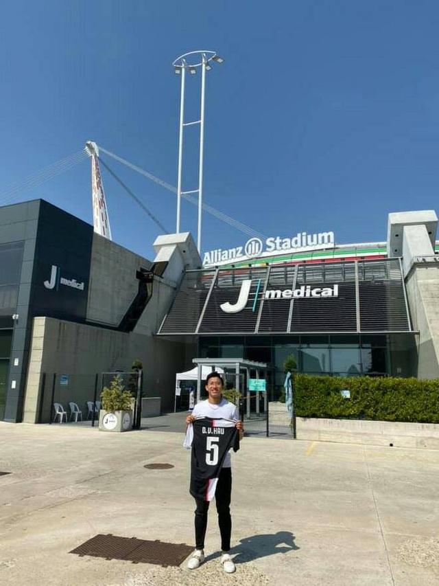 """Báo Thái Lan: """"Đoàn Văn Hậu về nước với áo số 5 của… Juventus"""" - 2"""