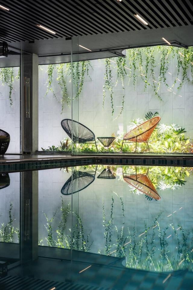 Độc đáo ngôi nhà ở Hà Nội có bể bơi dưới tầng hầm, đẹp như resort - 8