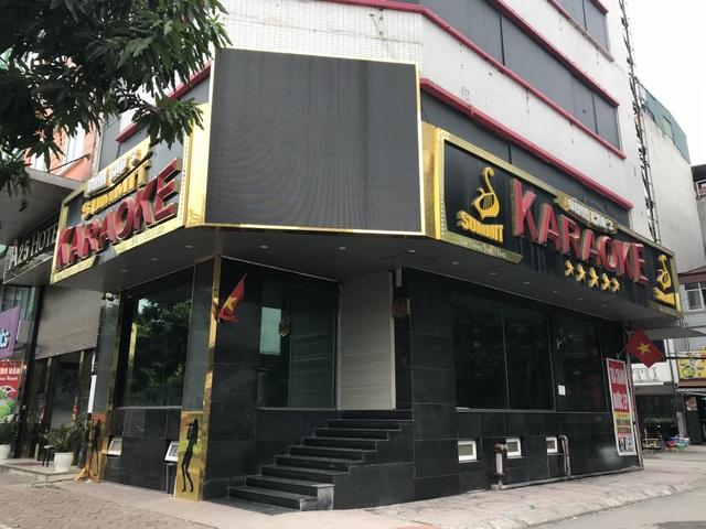 Đồng loạt các quán karaoke đóng cửa, dừng hoạt động phòng dịch Covid-19 - 10