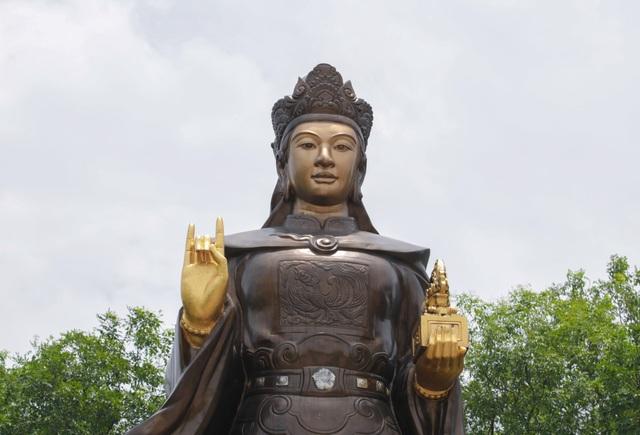 Chiêm ngưỡng bức tượng đồng nguyên chất lớn nhất Việt Nam - 5