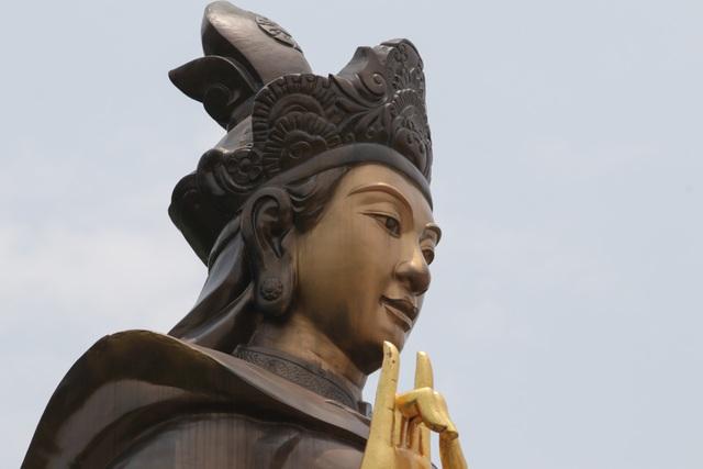 Chiêm ngưỡng bức tượng đồng nguyên chất lớn nhất Việt Nam - 4