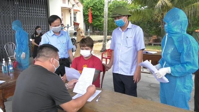 Quảng Nam truy tìm khẩn người dự đám cưới cùng bệnh nhân Covid-19 số 526 - 2