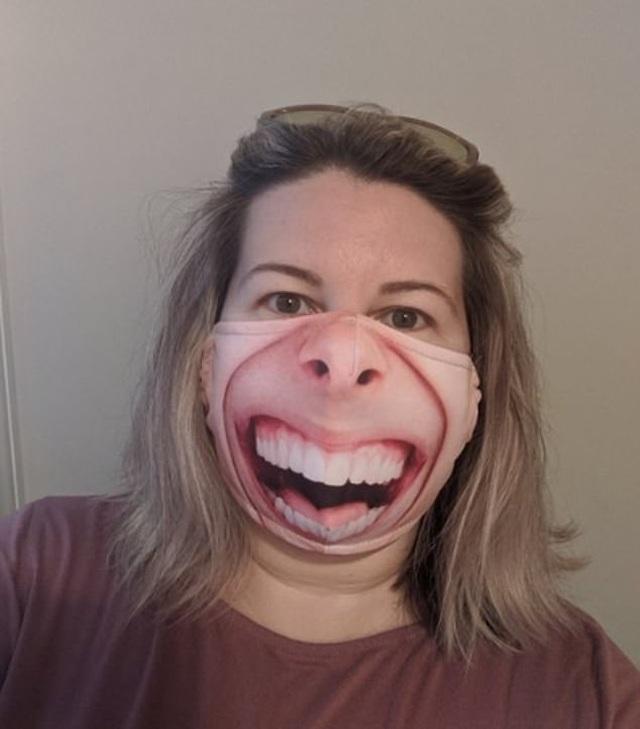 Khẩu trang hài hước: Giữa dịch bệnh, vẫn cần có nụ cười và sự lạc quan - 15