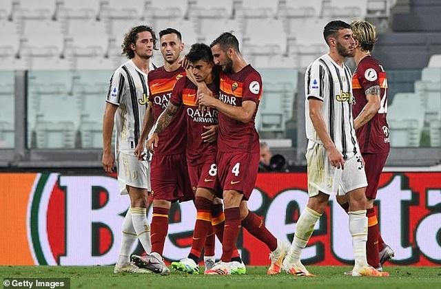 Juventus thua AS Roma, Inter giành ngôi á quân ở ngày hạ màn Serie A - 2