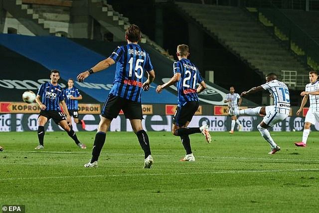 Juventus thua AS Roma, Inter giành ngôi á quân ở ngày hạ màn Serie A - 6