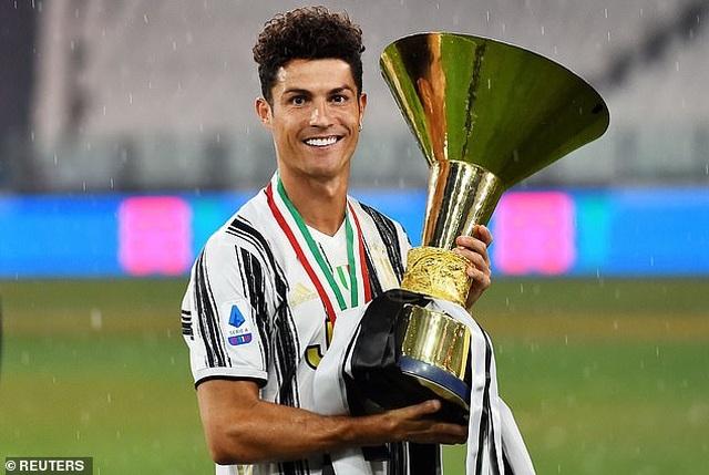 Juventus thua AS Roma, Inter giành ngôi á quân ở ngày hạ màn Serie A - 3