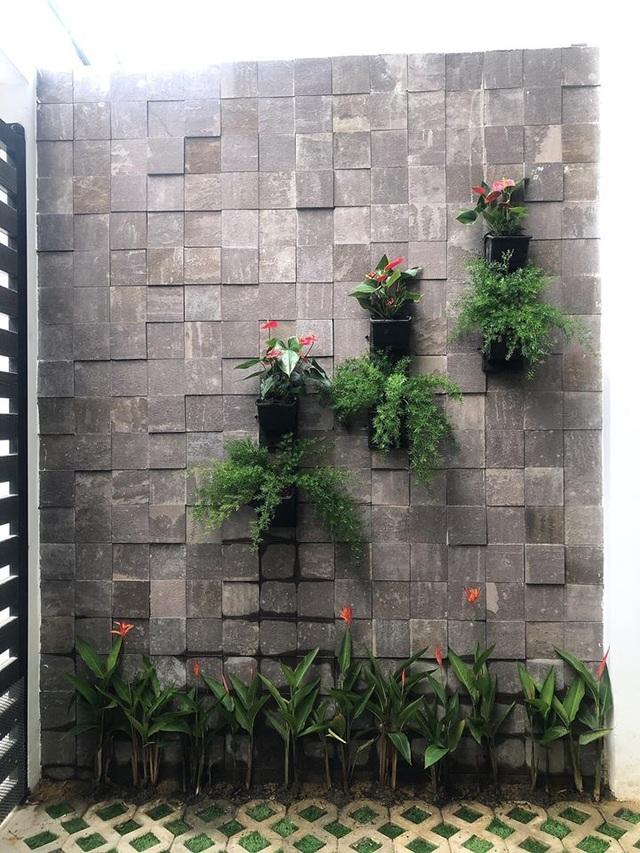 """Vợ chồng trẻ ở Đà Nẵng xây nhà 3 tỷ đồng """"ngập cây xanh và ánh nắng"""" - 10"""