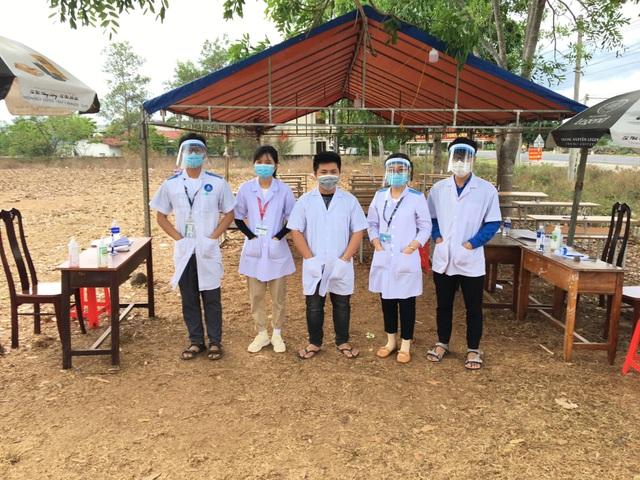 Đắk Lắk: Hàng trăm sinh viên tình nguyện xung phong chống dịch Covid-19 - 1