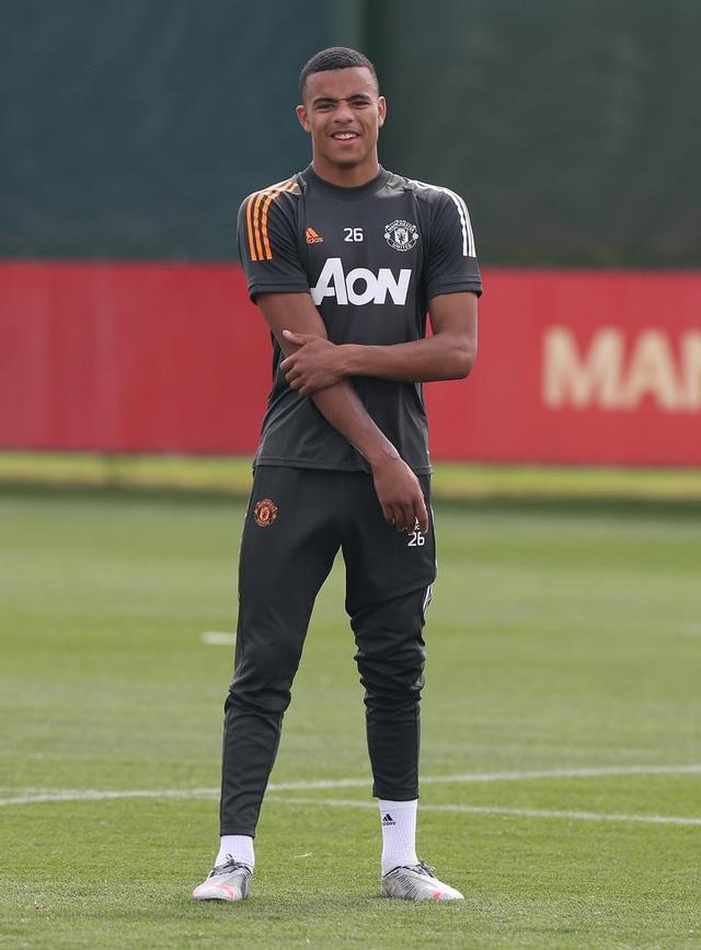 Man Utd luyện công chuẩn bị trở lại Europa League - 6