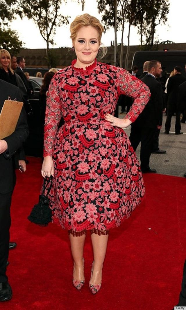 """Fan choáng vì mặt """"mộc"""" của Adele sau khi giảm cân - 2"""