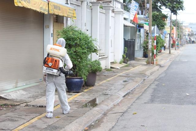 Phong tỏa 1 tuyến đường ở TP Biên Hòa trong 14 ngày - 11