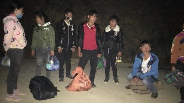 Hơn 30 người Việt từ Trung Quốc nhập cảnh trái phép về nước - 2
