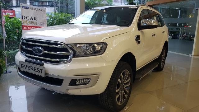 Ford Everest, Toyota Fortuner đồng loạt giảm giá, ưu đãi tới 200 triệu đồng - 1