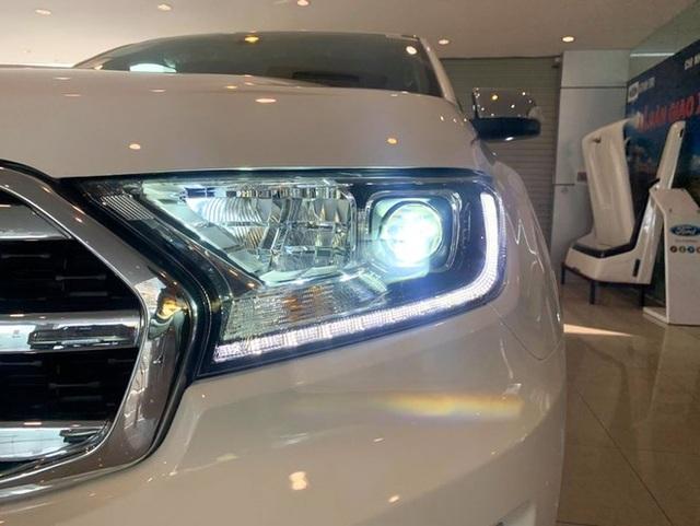 Ford Everest, Toyota Fortuner đồng loạt giảm giá, ưu đãi tới 200 triệu đồng - 2