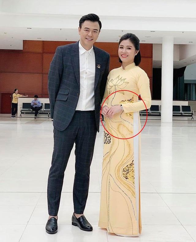 MC Hoàng Linh lên tiếng về tin đồn mang bầu - 1