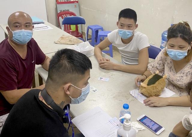Hơn 1 giờ truy bắt nhóm người Trung Quốc nhập cảnh trái phép - 2