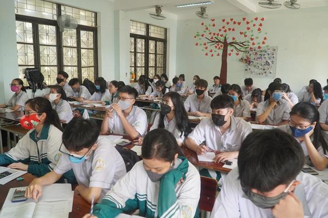 Quảng Bình: Xây dựng phương án tổ chức thi đối với thí sinh diện F0,F1,F2 - 2