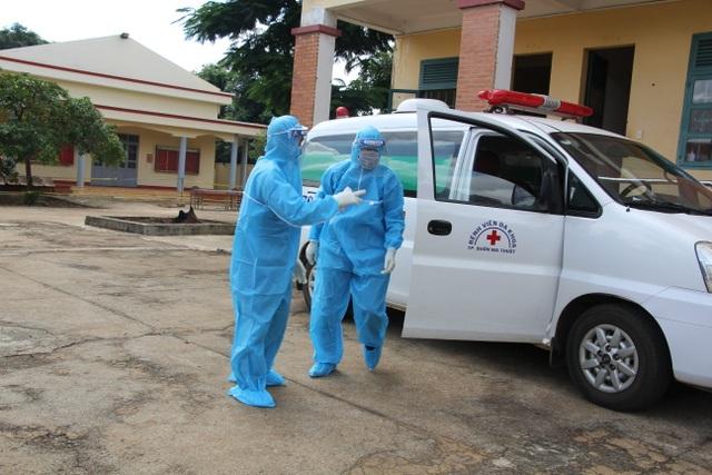 Đắk Lắk: Cách ly gần 200 người tiếp xúc với hai bệnh nhân Covid-19 mới  - 1