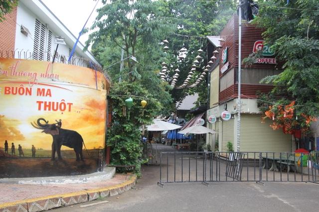 Thủ phủ cà phê Buôn Ma Thuột vắng lặng trong ngày đầu cách ly xã hội - 5