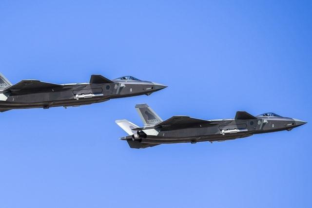 Nhà thiết kế Trung Quốc thừa nhận học hỏi ý tưởng máy bay chiến đấu của Mỹ - 1