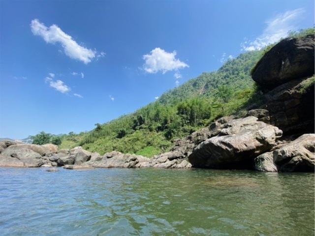 Sa Pa: Mãn nhãn thác nước cao hơn trăm mét đổ xuống từ đỉnh núi  - 7