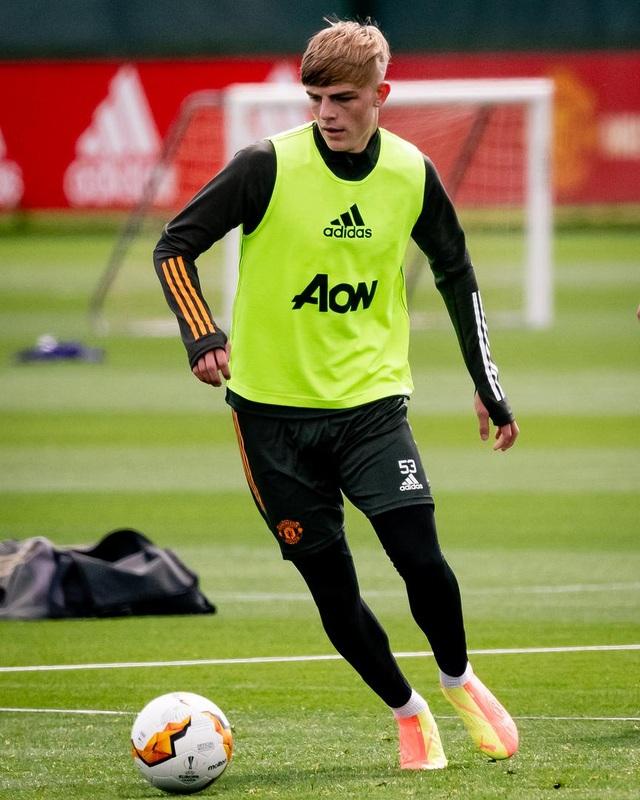 Man Utd luyện công chuẩn bị trở lại Europa League - 11