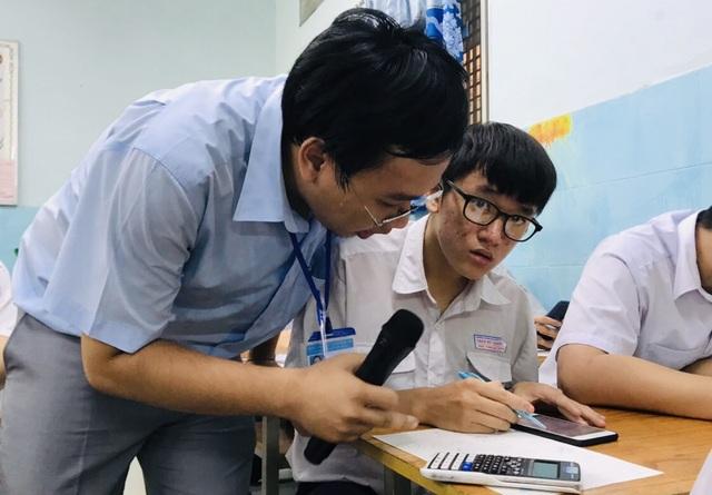 Cạnh tranh gay gắt để trở thành giáo viên ở TPHCM - 1