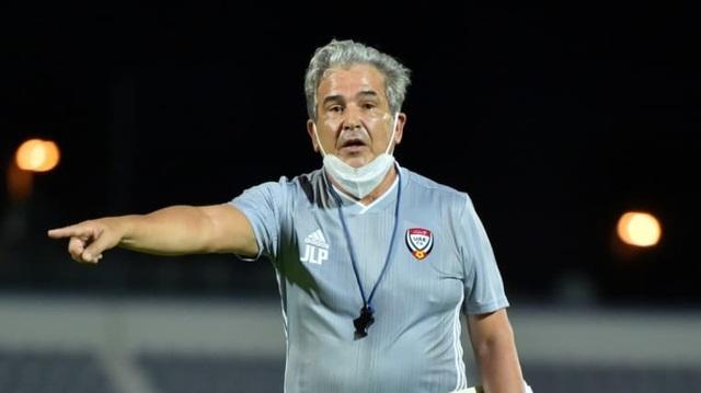 Đội tuyển UAE đón tin sốc khi tiền đạo nhập tịch nhiễm Covid-19 - 2