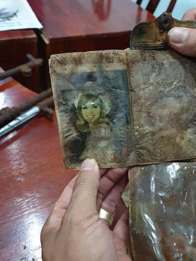 Tìm thấy nhiều hài cốt nghi là của liệt sĩ và di vật trong khu mộ tập thể - 8