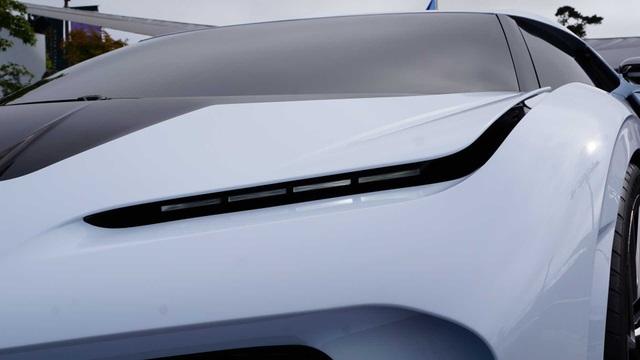 CR7 vung tiền mua siêu xe đắt nhất thế giới Bugatti Centodieci - 3