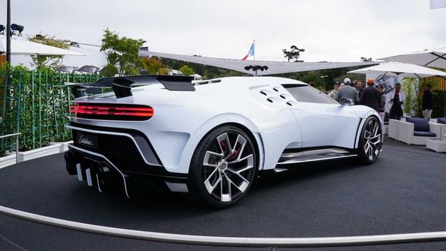 CR7 vung tiền mua siêu xe đắt nhất thế giới Bugatti Centodieci - 10