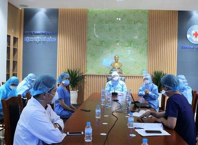 Ổ dịch bệnh viện Đà Nẵng quét sạch Covid-19, đón bệnh nhân đến khám - 1