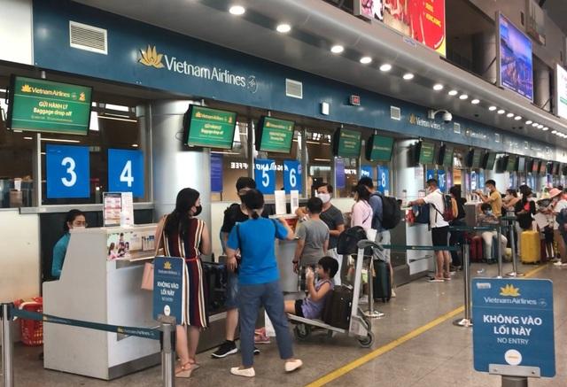"""Đà Nẵng lên kế hoạch đưa du khách """"mắc kẹt"""" do Covid-19 về Hà Nội, TPHCM - 1"""