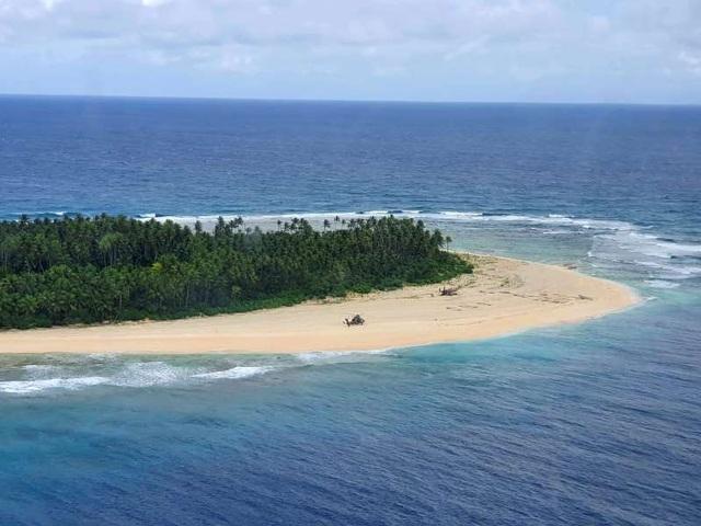 Được cứu sống khỏi đảo hoang nhờ dòng chữ viết trên cát - 3