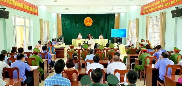 Tổ chức cho người Trung Quốc nhập cảnh trái phép, 6 bị cáo lãnh 25 năm tù - 1