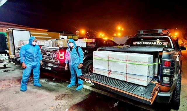 Đoàn xe bán tải vận chuyển miễn phí hàng hóa chống dịch Covid-19 - 8