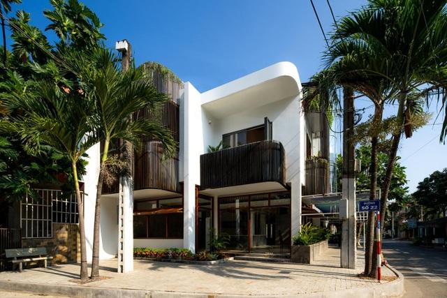 Hai ngôi nhà ở Sài Gòn được đập thông làm 1 gây bất ngờ vì thiết kế độc đáo - 6