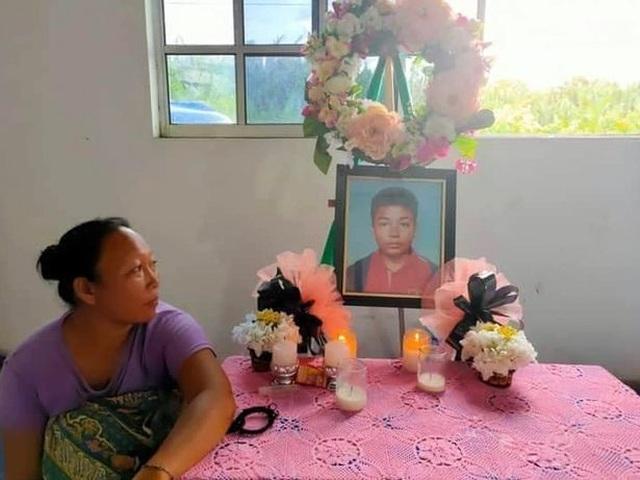 Tìm thấy thi thể cậu bé 14 tuổi bị mất tích ở Malaysia trong bụng cá sấu - 4