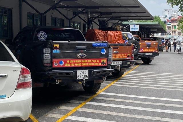 Đoàn xe bán tải vận chuyển miễn phí hàng hóa chống dịch Covid-19 - 1