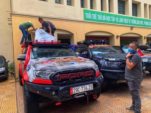 Đoàn xe bán tải vận chuyển miễn phí hàng hóa chống dịch Covid-19 - 3
