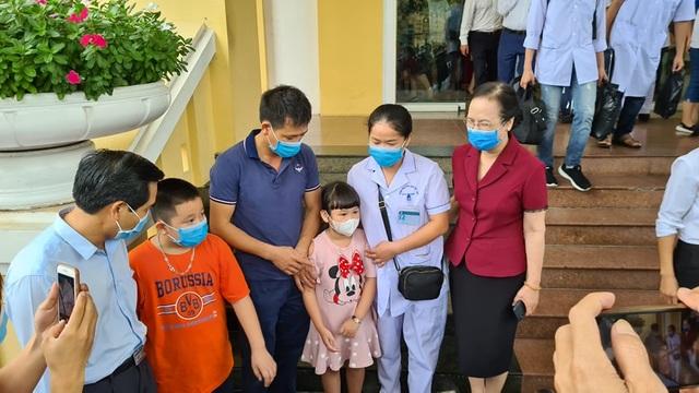 Đoàn y bác sĩ Hà Nội, Hải Phòng lên đường đến với tâm dịch Đà Nẵng - 3