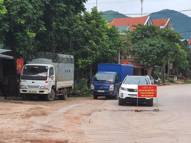 Hình ảnh phong tỏa khu vực có bệnh nhân Covid-19 ở Bắc Giang - 7