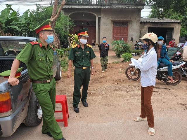 Hình ảnh phong tỏa khu vực có bệnh nhân Covid-19 ở Bắc Giang - 6