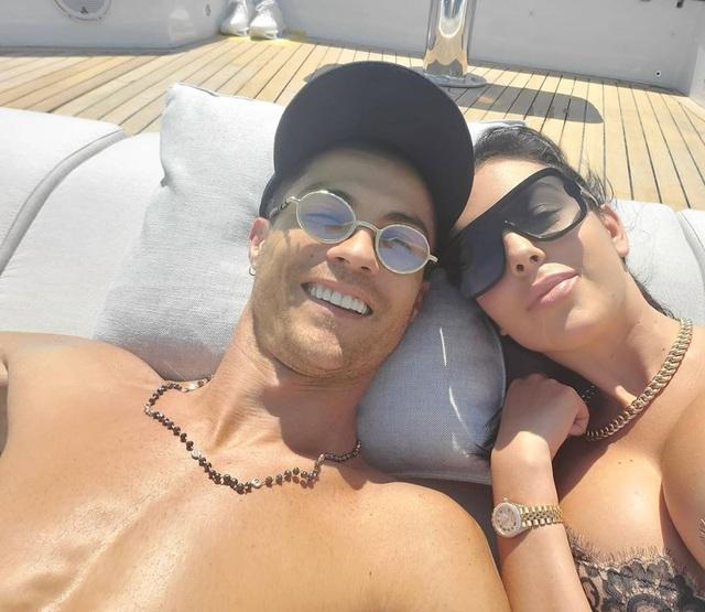 Chiêm ngưỡng siêu du thuyền hơn 167 tỷ đồng của C.Ronaldo - 1