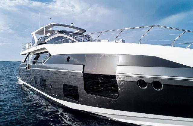 Chiêm ngưỡng siêu du thuyền hơn 167 tỷ đồng của C.Ronaldo - 9