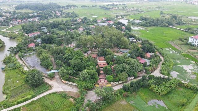 Hà Nội: Ngắm ngôi chùa ở làng ven đô từng xôn xao câu chuyện thánh vật - 10