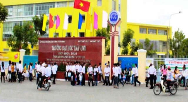 Trường ĐH Trà Vinh thông báo nhận hồ sơ xét tuyển học bạ lớp 12 - 1